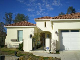 Lake Tulloch Home at Calypso Bay-Gated Community, Copperopolis