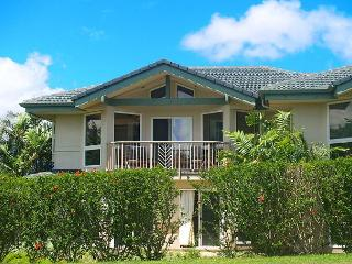 Villas of Kamalii 10: Luxury interior, mountain views, golf and beach nearby, Princeville