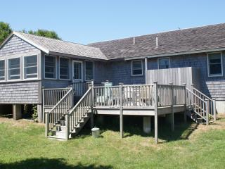 Eastern end of Nantucket, Private 3 bdrm cottage