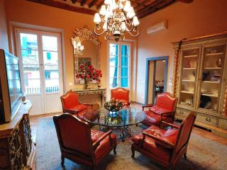 4 Bedroom Vacation Rental in Lucca, Tuscany