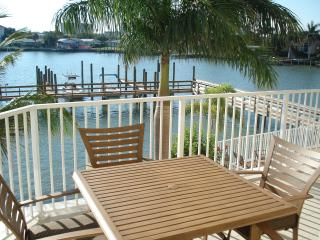 Clearwater Beach 3-bedroom Waterfront Luxury Condo