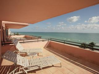 1001 Miami Beach Luxury Resort Directly on Beach - Miami Beach vacation rentals