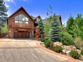 #7: The Might Bear Manor - Big Bear Lake vacation rentals