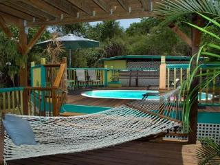 Affordable Coral Bay rental with Pool for couples or Families, St. John