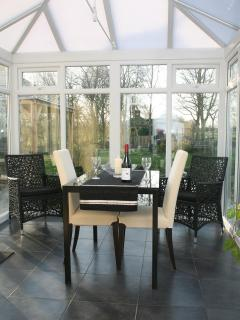 the conservatory for dining - cottage