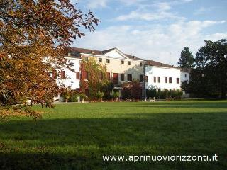 Elegant Venetian Villa for exclusive luxury stays, Conegliano