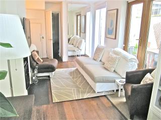 Luxury condo 5m walk to river Thames + free wifi, Londres