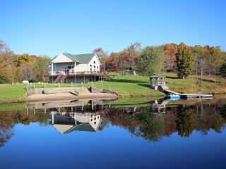 Lodge on the Lake - Secluded, rustic lodge, Logan