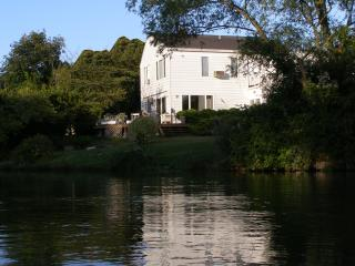 Waterfront Southampton Gem!  Sailboat On Grounds, Water Mill