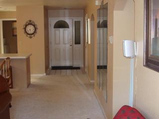 Center of Town, Quiet, Comfy Kings, Wi-Fi, Luxury - Branson vacation rentals