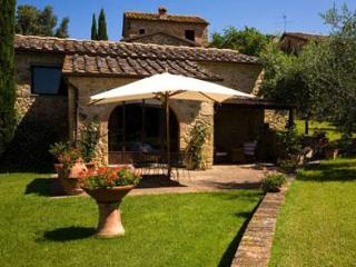 Casale di Villore - Villa in the Chianti Area - Poggibonsi vacation rentals