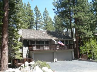 Lake Tahoe Resort Community Townhouse, Stateline