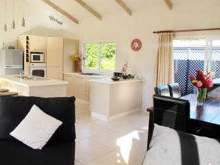Muri Beach Hideaway - Maine Villa - Cook Islands vacation rentals