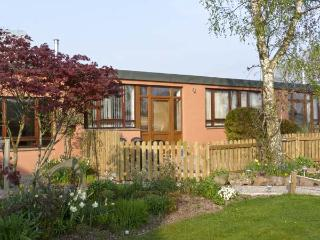 WOODPECKER, pet friendly, country holiday cottage, with a garden in High Head Castle Farm, Ref 4561, Ivegill
