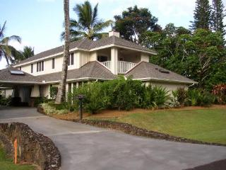 Luxury 4 BDRM Home Walk to Beach Kauai North Shore, Princeville