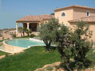 beautiful house for rent with fantastic view, Rochefort du Gard