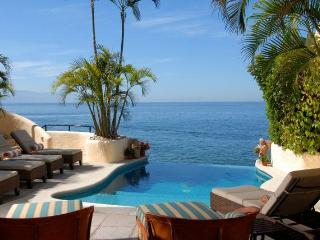 Infinity Pool from Guest Room 2