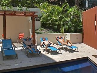 Bugambilia Blanca Vacation House and Condos, Puerto Vallarta