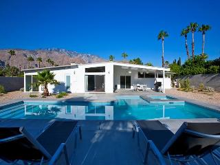 Modern Dream~SPECIAL TAKE 15%OFF ANY 5NT STAY THRU 3/5, Palm Springs
