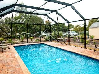 Venice Island-Gorgeous New Heated Private Pool!