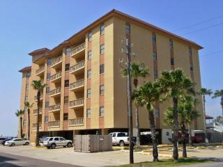 Galleon Bay - Bayfront condo with boat slips, South Padre Island