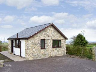 DOLPHIN BACH, pet friendly, country holiday cottage, with open fire in Dolphin Near Mold, Ref 5074
