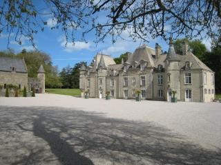 D'DAY NORMANDY LUXURY RENTAL CHATEAU.POOL & TENNIS, Normandy