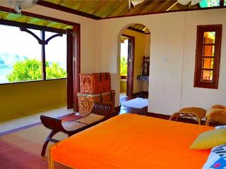 Villa Barbara Apartment, Sleeps 2 - Bequia
