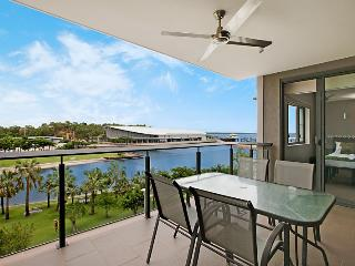 1 Bedroom Waterfront Apartment +Views views views!, Darwin