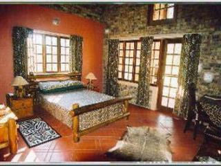 Du Bois Lodge (in a reserve bordering Kruger), Marloth Park