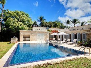 3bed family villa, pool, steps to Gibbs beach - Gibbs vacation rentals