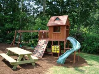 Kids Love the Playground w/swings, slide, fort, climbing wall, TicTacToe game