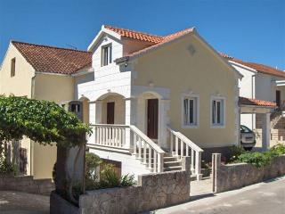 Stari Grad island Hvar-apartment for 5 person