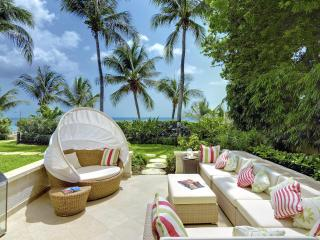 1 Smugglers Cove Stunning 5 Star Beach  Property, Paynes Bay