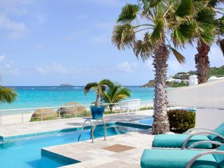 STARFISH AT CORAL BEACH CLUB...Wow! talk about beachfront luxury, it's here!, Philipsburg