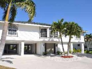 Valley - VAL971 - 4-bed Only 0.4 Miles to Beach!, Marco Island