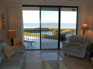 South Seas Tower 4 #905 ON BEACH Excellent Value !, Marco Island