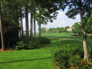 Cottage on the Golf Course in the Fairways Neighborhood-Pet Friendly, Sleeps 8, Sandestin