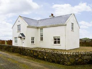 DOORNOGUE, family friendly, country holiday cottage, with a garden in Fethard-On-Sea, County Wexford, Ref 4606, Fethard On Sea