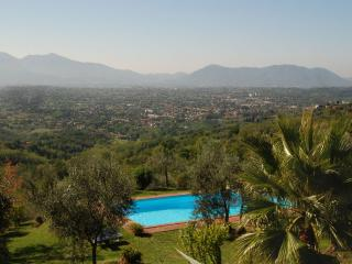 Self-Catering Accommodation for Family near Lucca - Casa Matraia