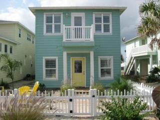 Sleeps 10 close to Beach in Port Aransas