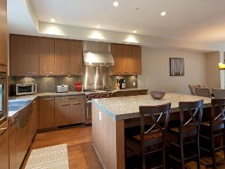 Whistler Ideal Accommodations: Deluxe 4 bedroom plus media room