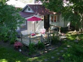 1 BR & 1 BA House in Cape May (Cape May 1 BR-1 BA House ('Sun Cottage' 22573))