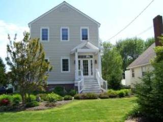House with 3 BR, 3 BA in Cape May Point (99563)