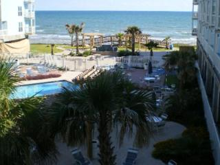 Beachfront condo with a great view of the beach!, Galveston