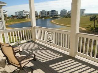 Great home with amazing beach views and access to beach club!, Galveston