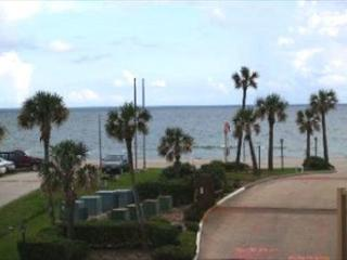 A beautiful property with the perfect view of the gulf and pool area., Galveston