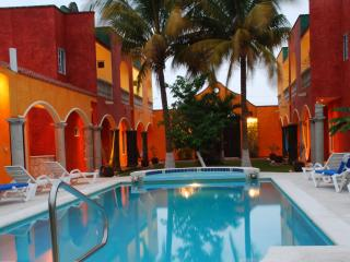 Casa Colonial; Price, value, AC, WiFi, and more!, Cozumel