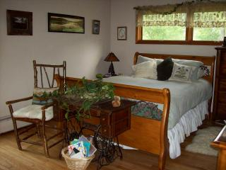PRIVATE, RURAL RETREAT--SINGLE ROOMS AVAILABLE!, Remsen