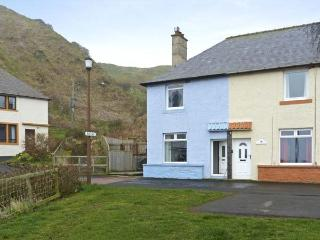 BLUE LOBSTER, family friendly, with a garden in Lower Burnmouth, Ref 5401, Eyemouth